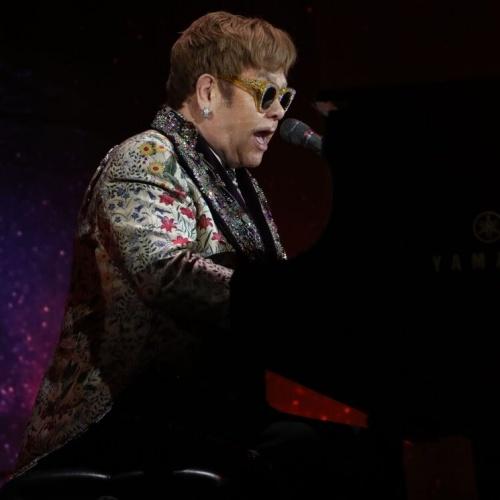 Elton John: 'Acabo de hacer algo con Metallica durante este período de bloqueo'