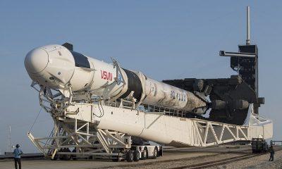 SpaceX hizo rodar su cohete Falcon 9 de 207 pies de largo hasta la plataforma de lanzamiento en el Centro Espacial Kennedy, donde está programado para llevar a cuatro astronautas a la Estación Espacial Internacional (ISS) el 22 de abril.