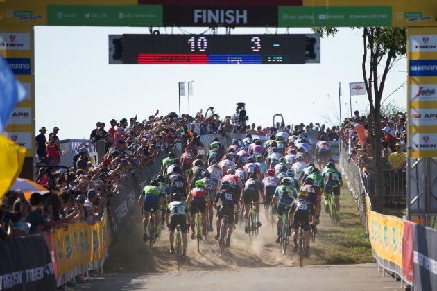 El organizador del Campeonato Mundial de ciclocross renuncia por las leyes contra las personas transgénero de Arkansas