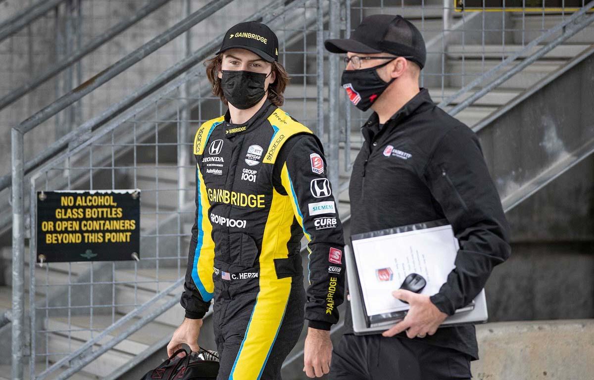 Mario Andretti elige al piloto estadounidense que le gustaría ver en la Fórmula 1