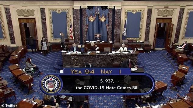 El Senado votó abrumadoramente el jueves sobre un proyecto de ley para combatir el aumento de los crímenes de odio contra los asiáticos, que ha ocurrido durante la pandemia del coronavirus.