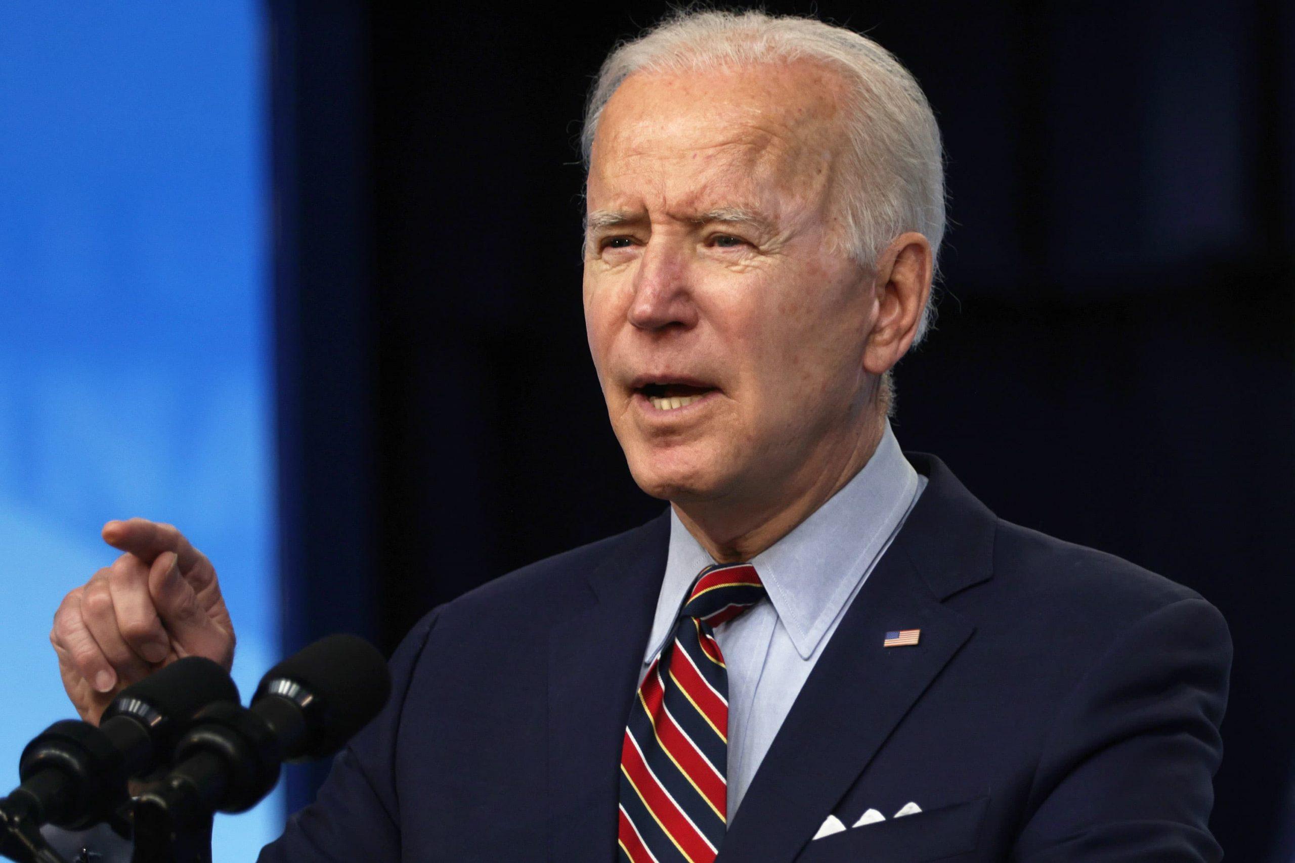 Se presiona a Biden para que revele los acuerdos éticos de los designados políticos mientras el hermano del asesor presiona a la Casa Blanca