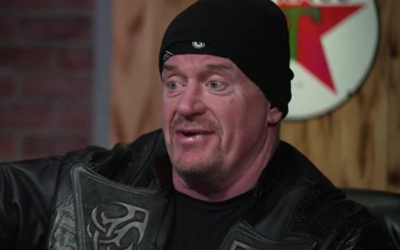 Undertaker aclara la controversia sobre los comentarios sobre los luchadores modernos