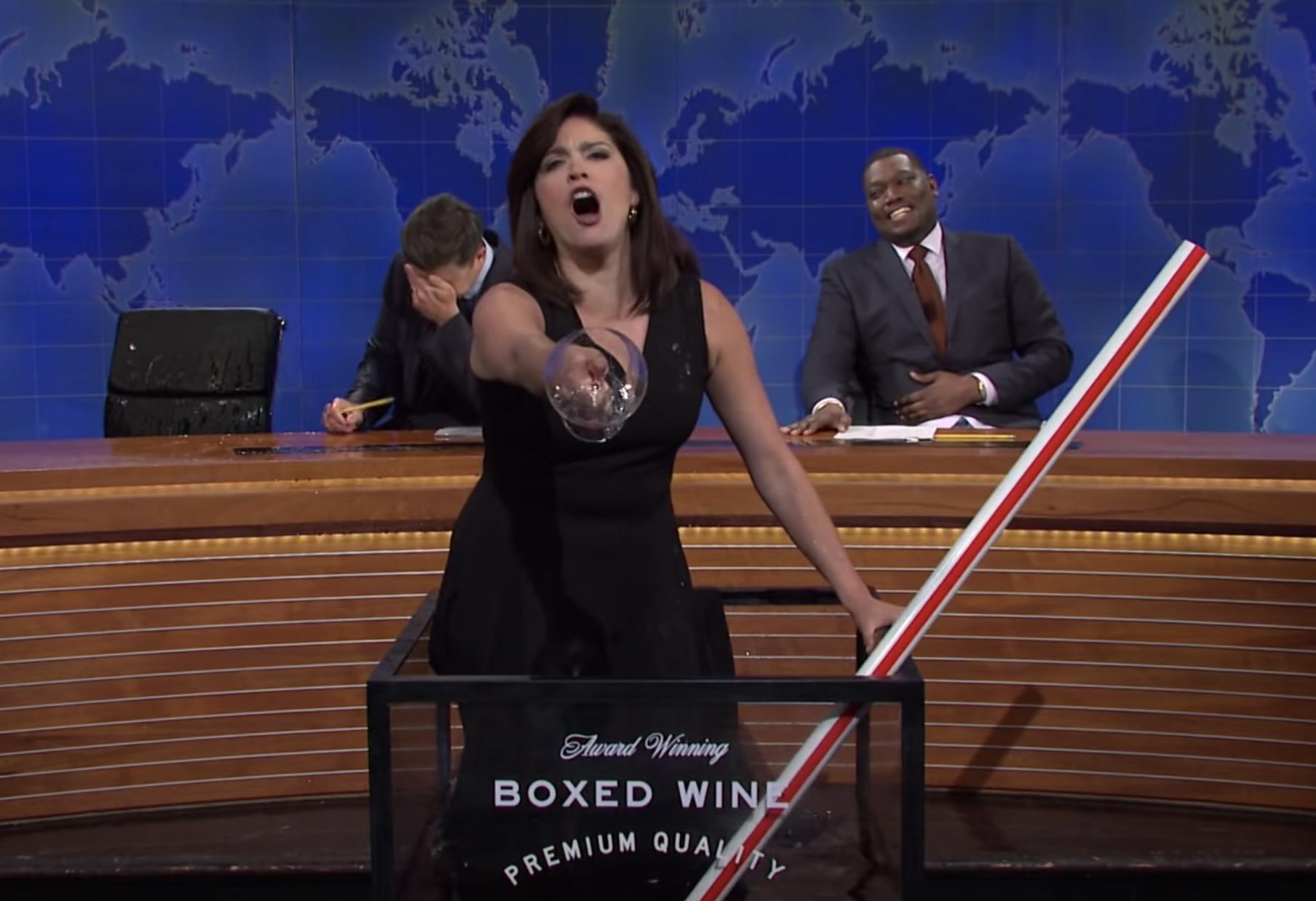 Actualización de fin de semana de 'SNL': Jeanine Pirro de Cecily Strong ofrece un espectáculo espectacular 'My Way'