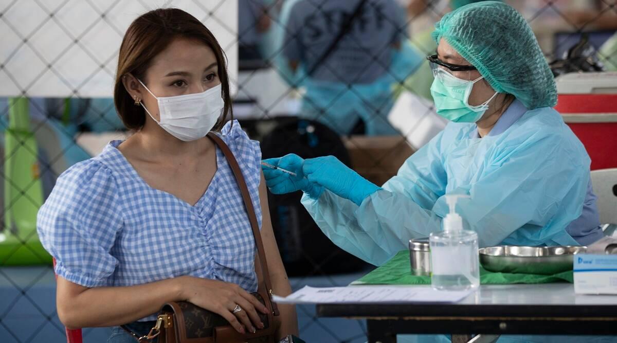 Aldeas tailandesas aisladas por hallazgo de una variante en medio de la preocupación por la vacuna Covid