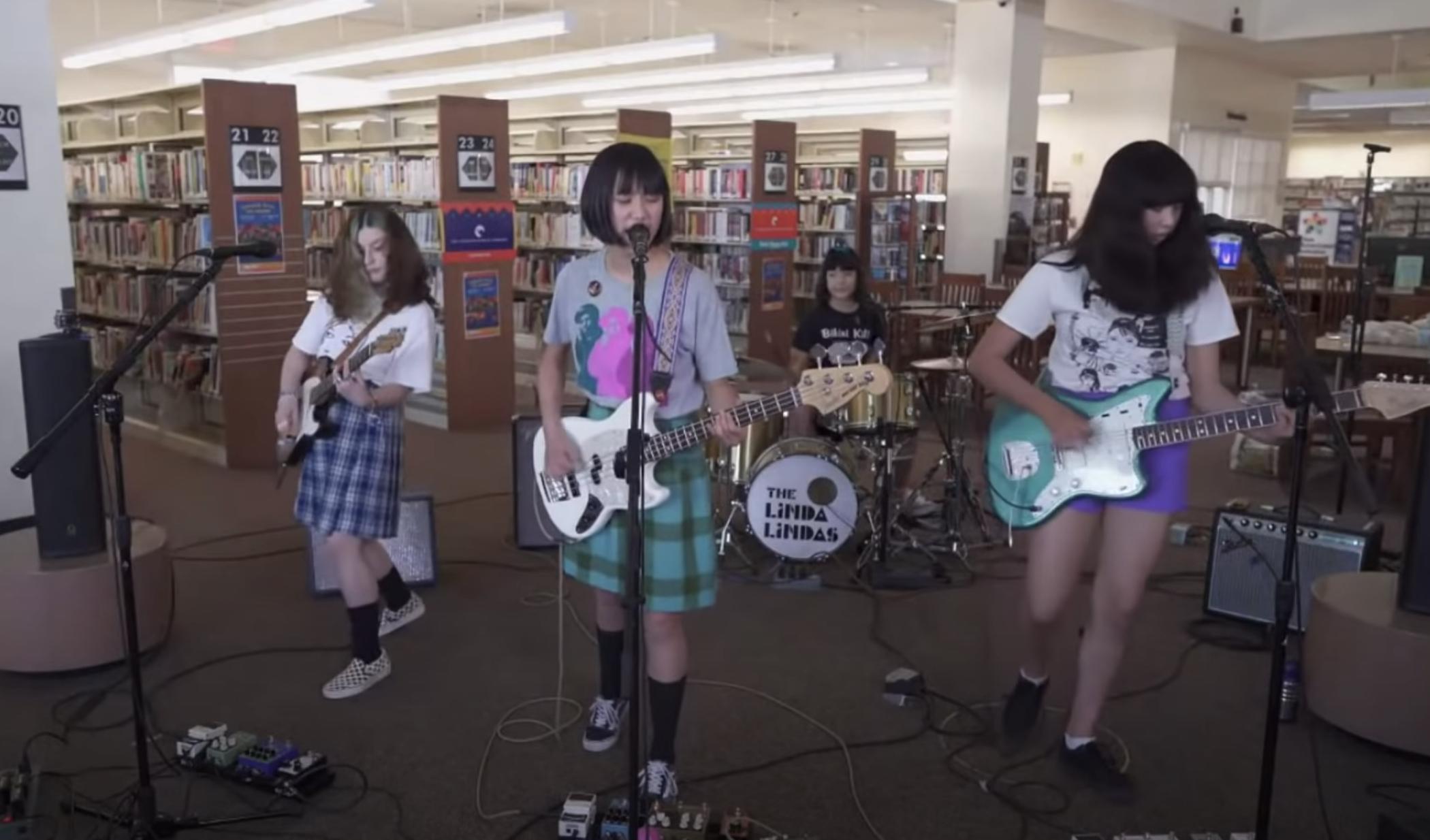 Banda Viral de Teen Punk, el cartel de Linda Lindas con Epitaph Records