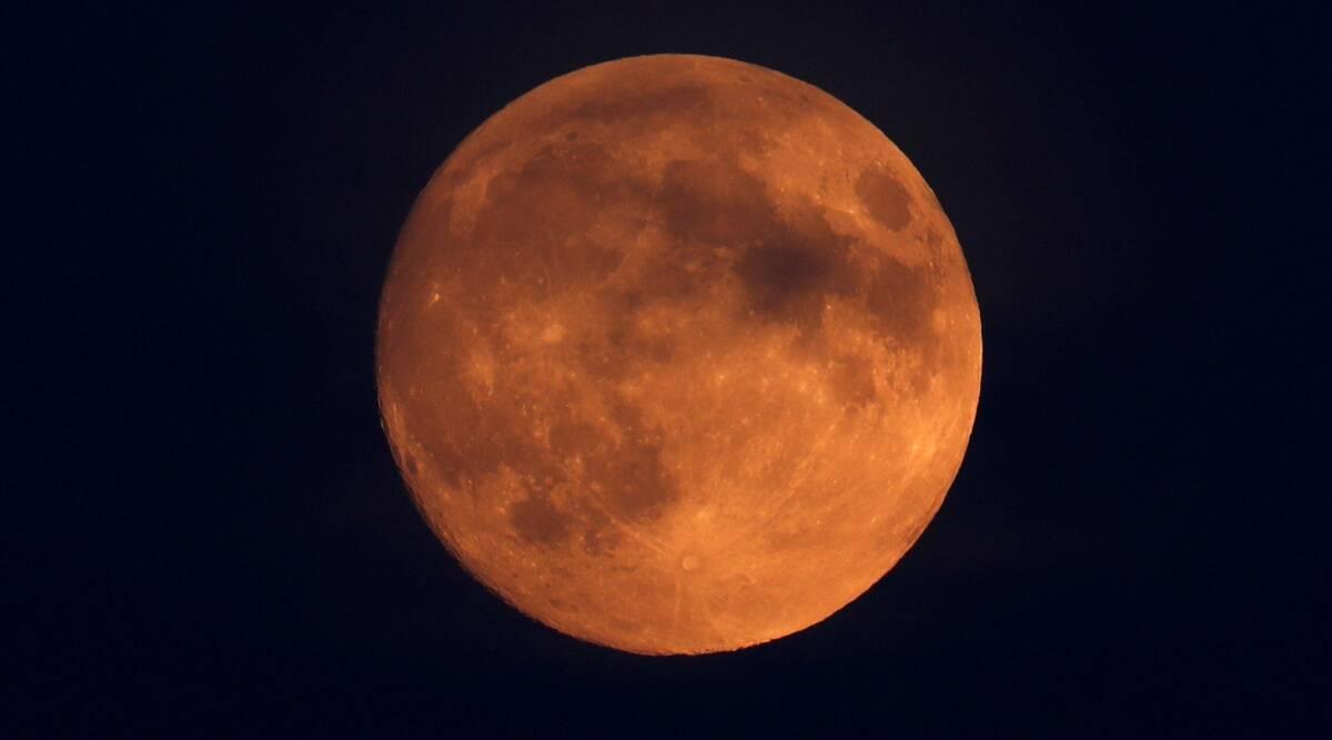 lunar eclipse, lunar eclipse 2021, total lunar eclipse blood moon, total lunar eclipse blood moon 2021, total lunar eclipse 2021 date, lunar eclipse may 2021, lunar eclipse in india, lunar eclipse 2021 india date and time, lunar eclipse may 2021 india,