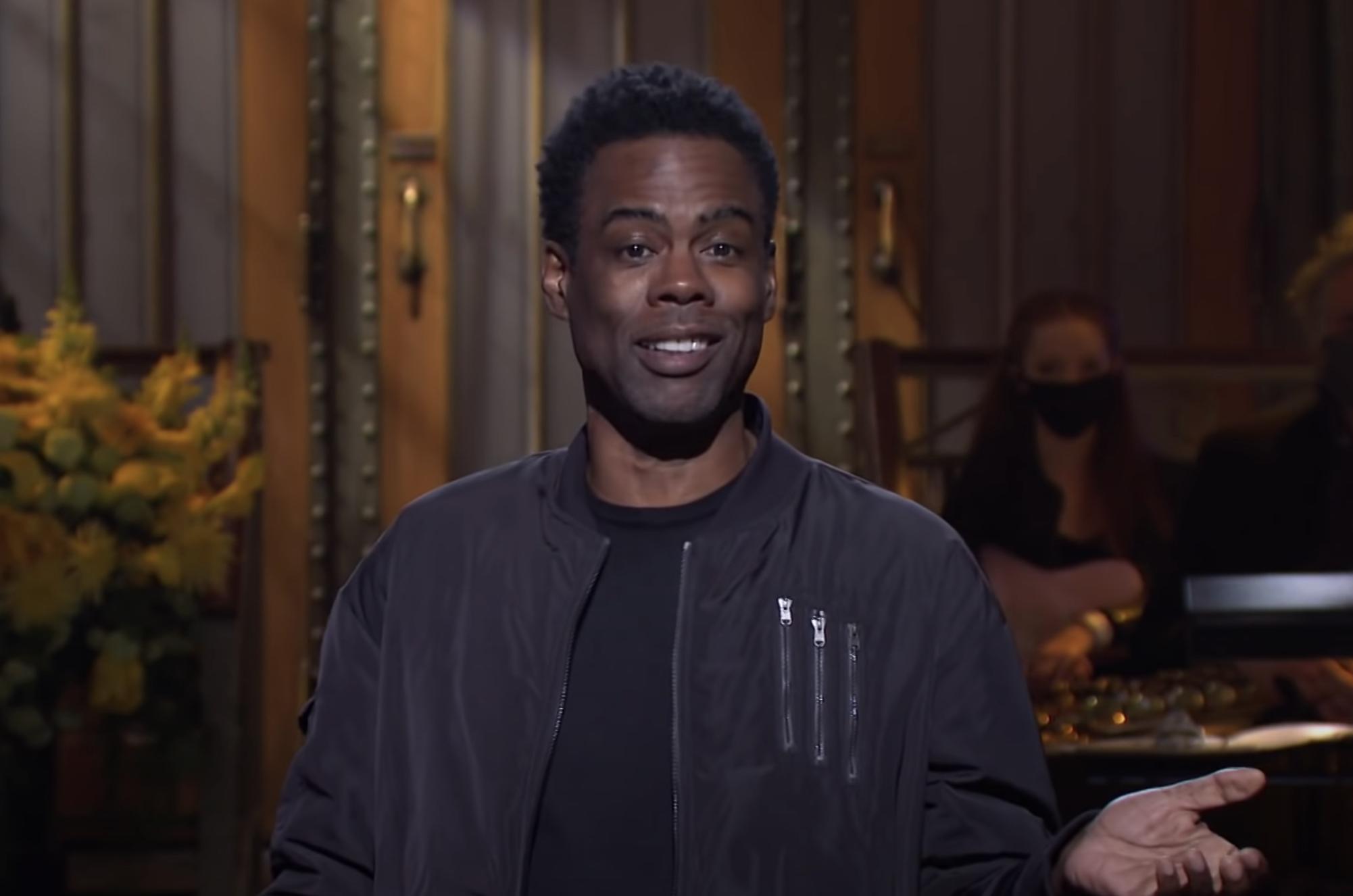 El elenco de 'SNL' y Chris Rock recuerdan la temporada 46 de 'Crazy' en el Finale Cold Open