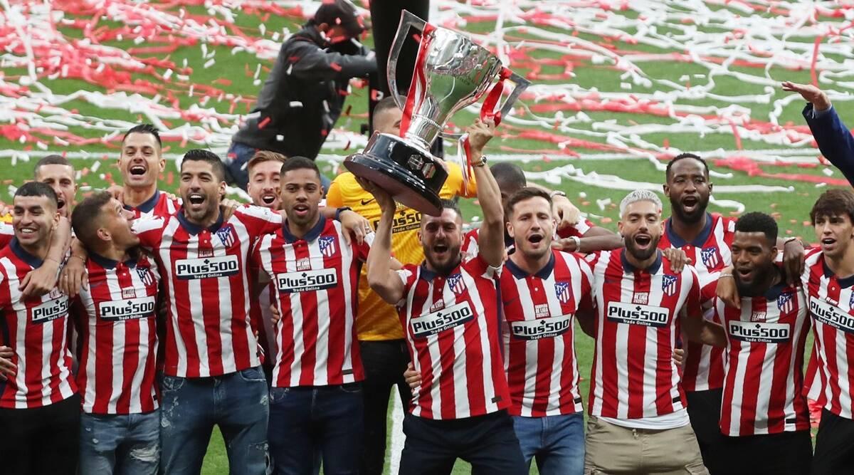 En estadio vacío, el Atlético de Madrid celebra el título de la liga española