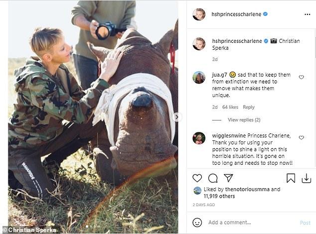 La princesa de Mónaco, de 43 años, publicó una imagen en Instagram en la que se muestra de cerca y en persona con la vida silvestre, después de haber visitado el país donde se crió para resaltar la lucha contra la caza furtiva de rinocerontes.