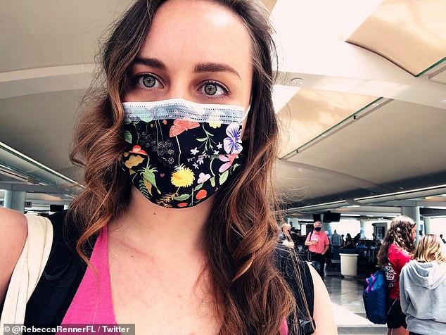 Rebecca Renner, de 31 años, publicó una serie de tweets mientras se preparaba para volar desde Orlando para declarar su amor por un hombre llamado Francois Wolmarans.
