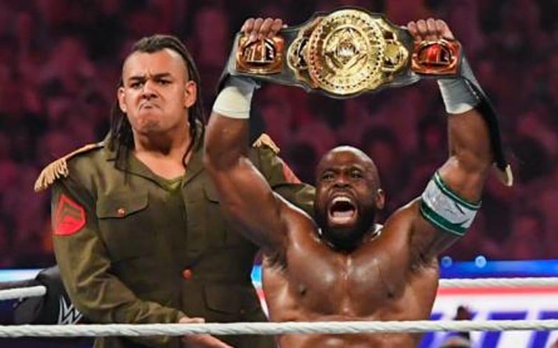 Posible dirección de WWE para el título intercontinental en SmackDown