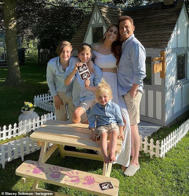 Familia en crecimiento: Stacey Solomon ha revelado que está esperando su segundo hijo con su prometido Joe Swash