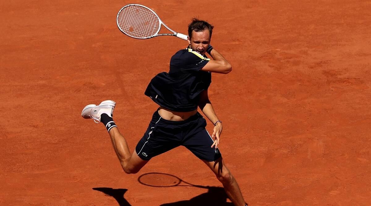 Abierto de Francia: Medvedev se enfrentará a Tsitsipas en un choque de cuartos de final de alto octanaje