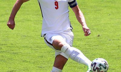 Harry Kane no pudo anotar cuando Inglaterra venció a Croacia 1-0 en su primer partido.