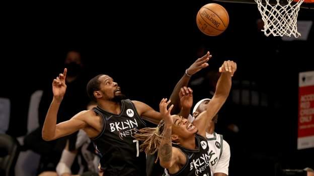 Durant protagoniza como Nets thrash Bucks