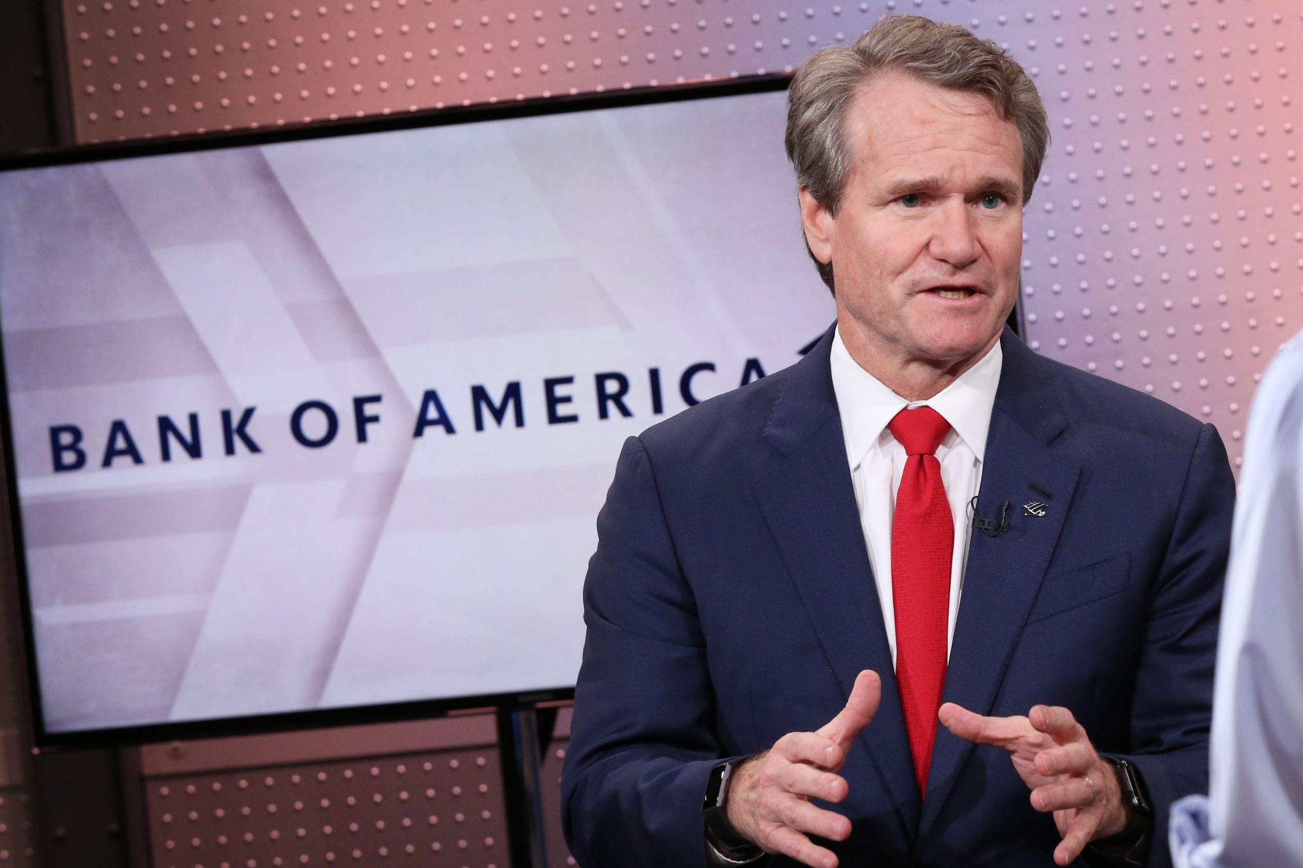El CEO de Bank of America, Brian Moynihan, dice que el gasto de los consumidores es un 20% más alto este año que en 2019