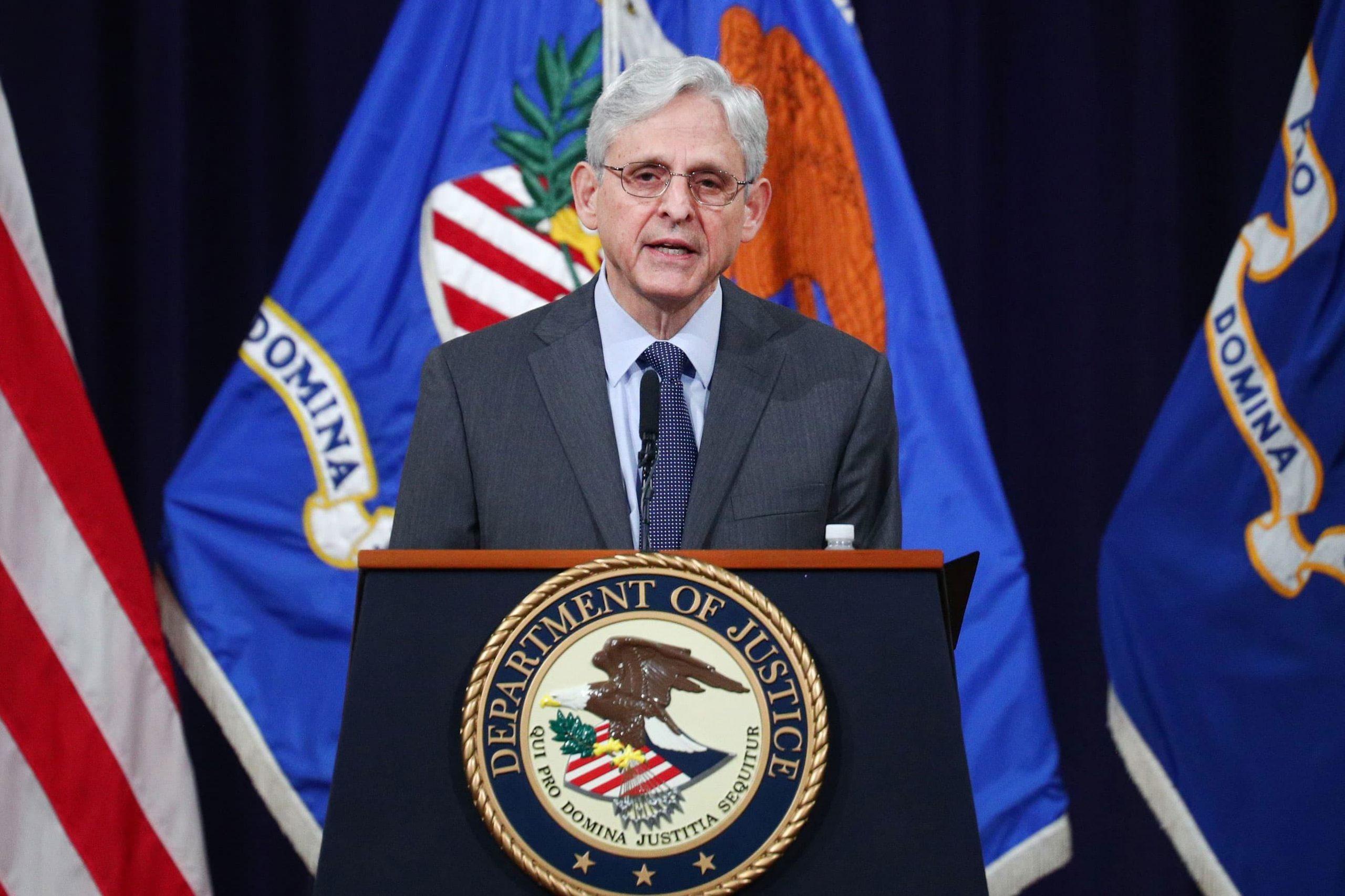 El Departamento de Justicia intensificará la aplicación de las protecciones del derecho al voto, dice el Fiscal General Garland
