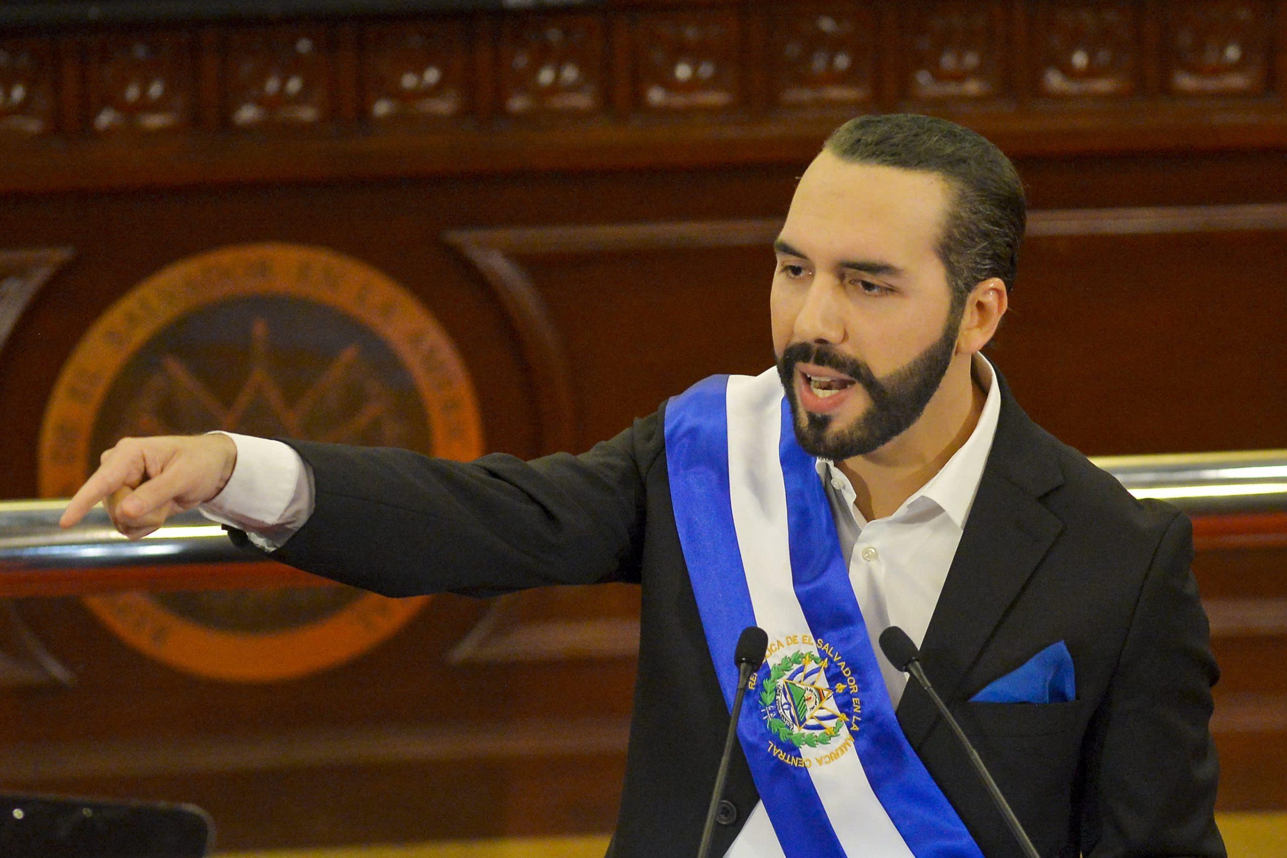 El Salvador busca convertirse en el primer país del mundo en adoptar Bitcoin como moneda de curso legal