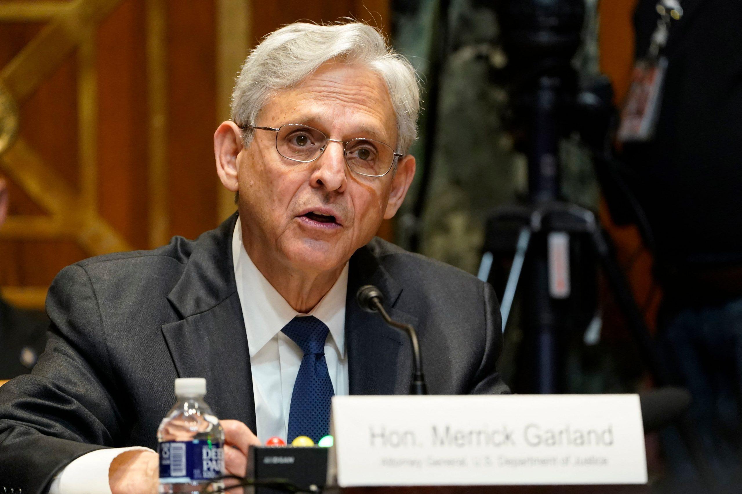 El fiscal general Garland promete que la filtración de impuestos multimillonaria a ProPublica será 'la parte superior de mi lista' para investigar