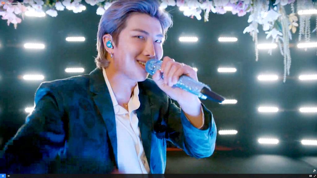 Escuche la nueva canción en solitario del miembro de BTS, 'Bicycle'