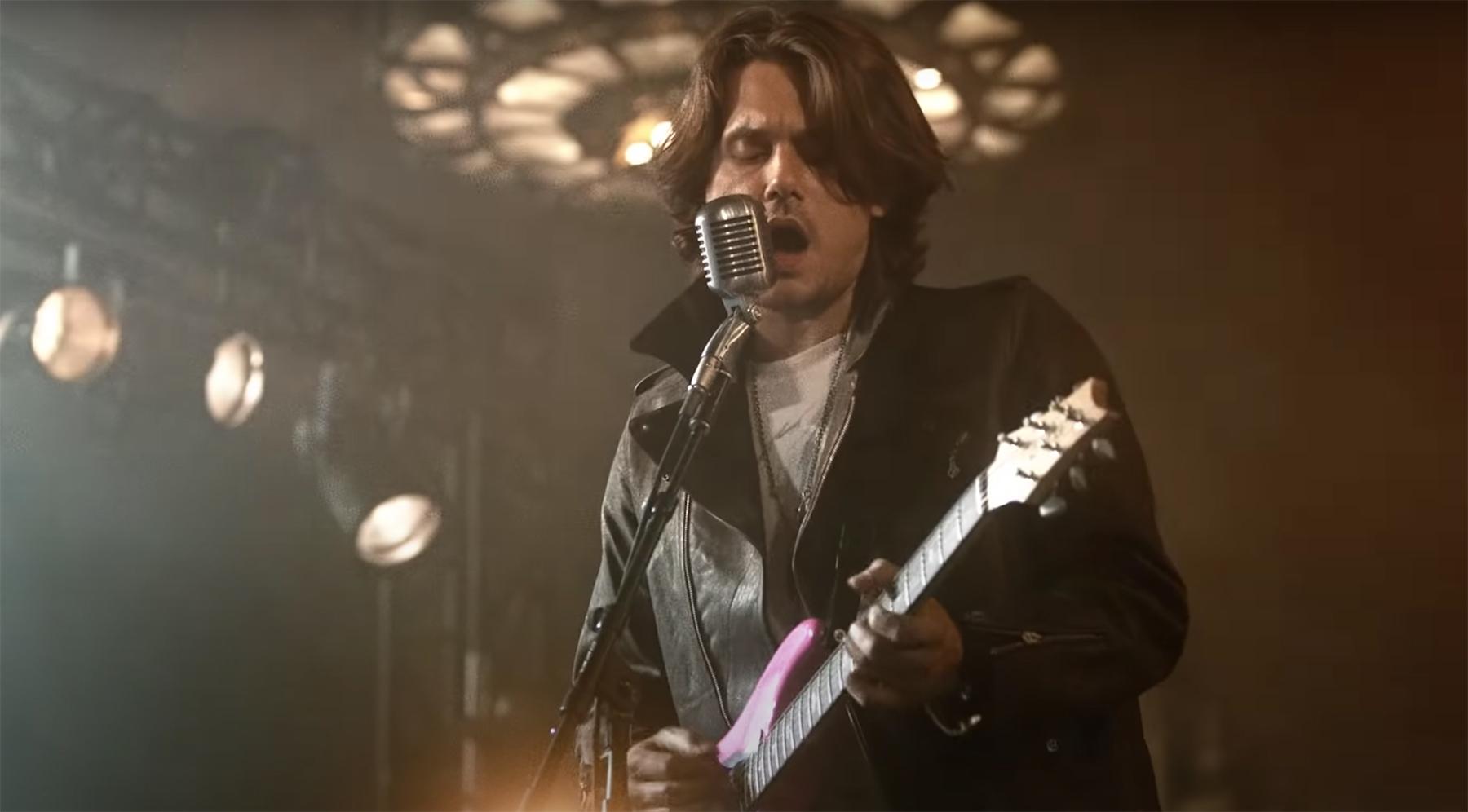 Guns N 'Poses: cómo el nuevo video de John Mayer asiente a' Sweet Child o 'Mine'