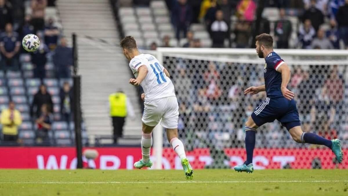 Habilidad lista para usar: los goles de largo alcance en los campeonatos de Europa se convierten en el folclore del fútbol