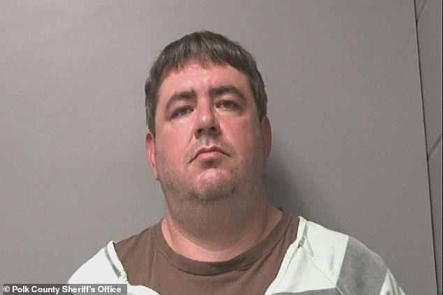 En la foto: Shane Wayne Michael, de 42 años, fue sentenciado a 10 años de prisión en abril por el ataque de noviembre de 2020.