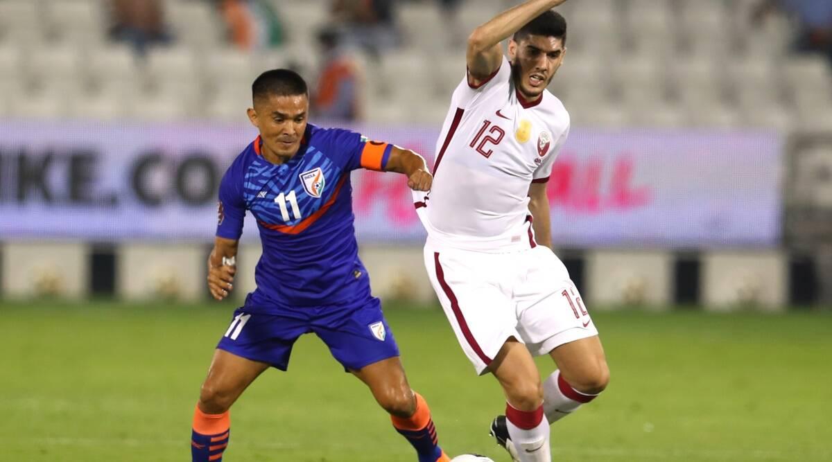 India, con 10 hombres, pierde 0-1 ante Qatar en el partido de la ronda de clasificación para la Copa del Mundo