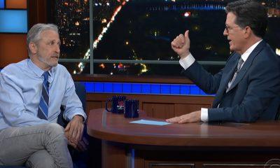 Jon Stewart presenta la teoría del laboratorio Covid-19 de Wuhan con Stephen Colbert