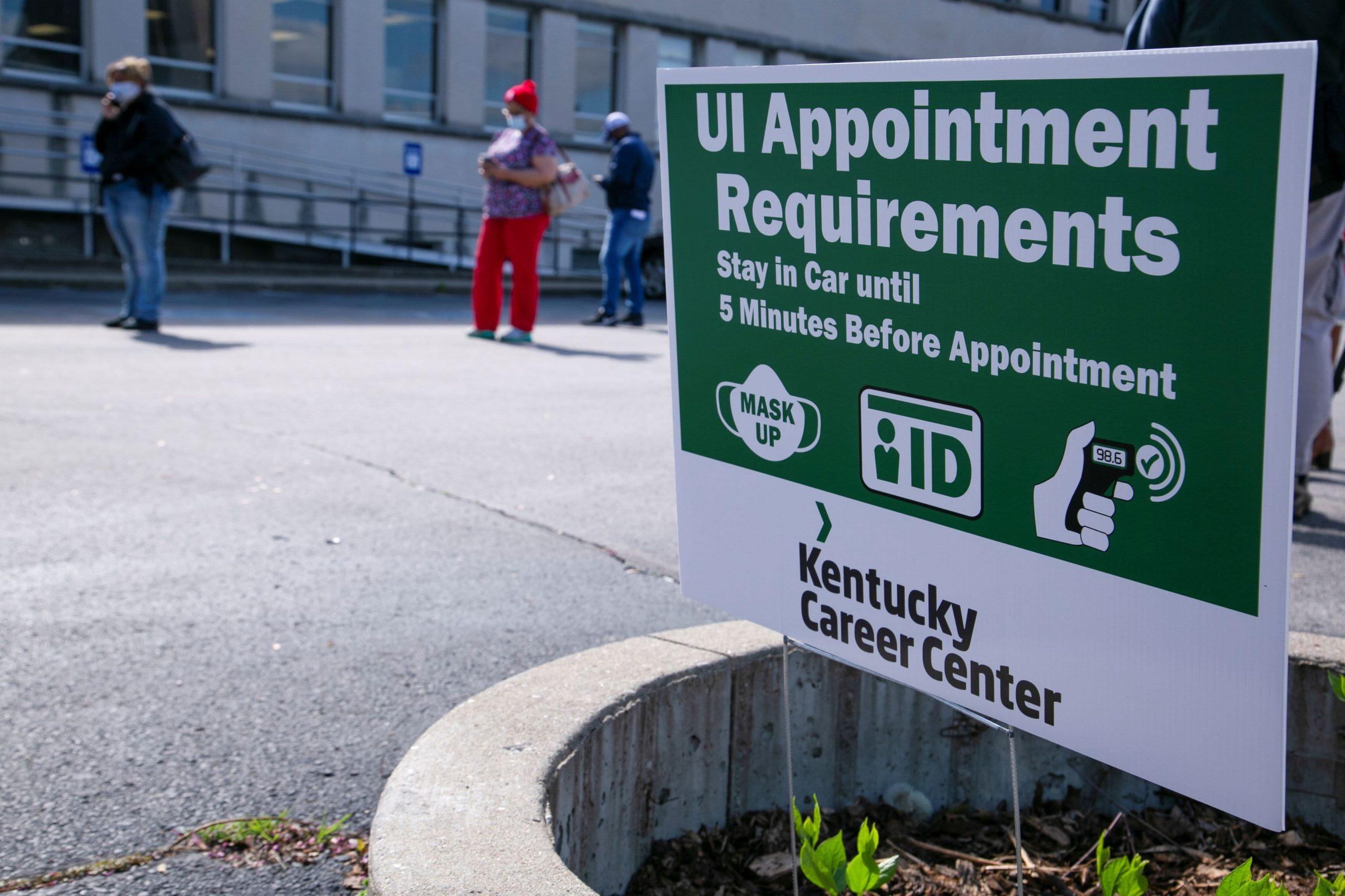 La creación de empleo se aceleró en mayo, pero todavía está por debajo de las expectativas