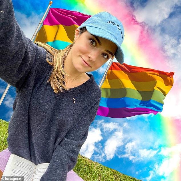 Hablando: la hija menor del gobernador Andrew Cuomo, Michaela, de 23 años, se declaró bisexual y escribió en Instagram: 'Hoy defiendo mi identidad queer con orgullo'