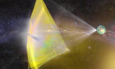 Concepto: los científicos están desarrollando una vela impulsada por láser (que se muestra en la impresión de un artista) que, según afirman, podría permitirnos viajar 24 billones de millas hasta Alpha Centauri en 20 años.