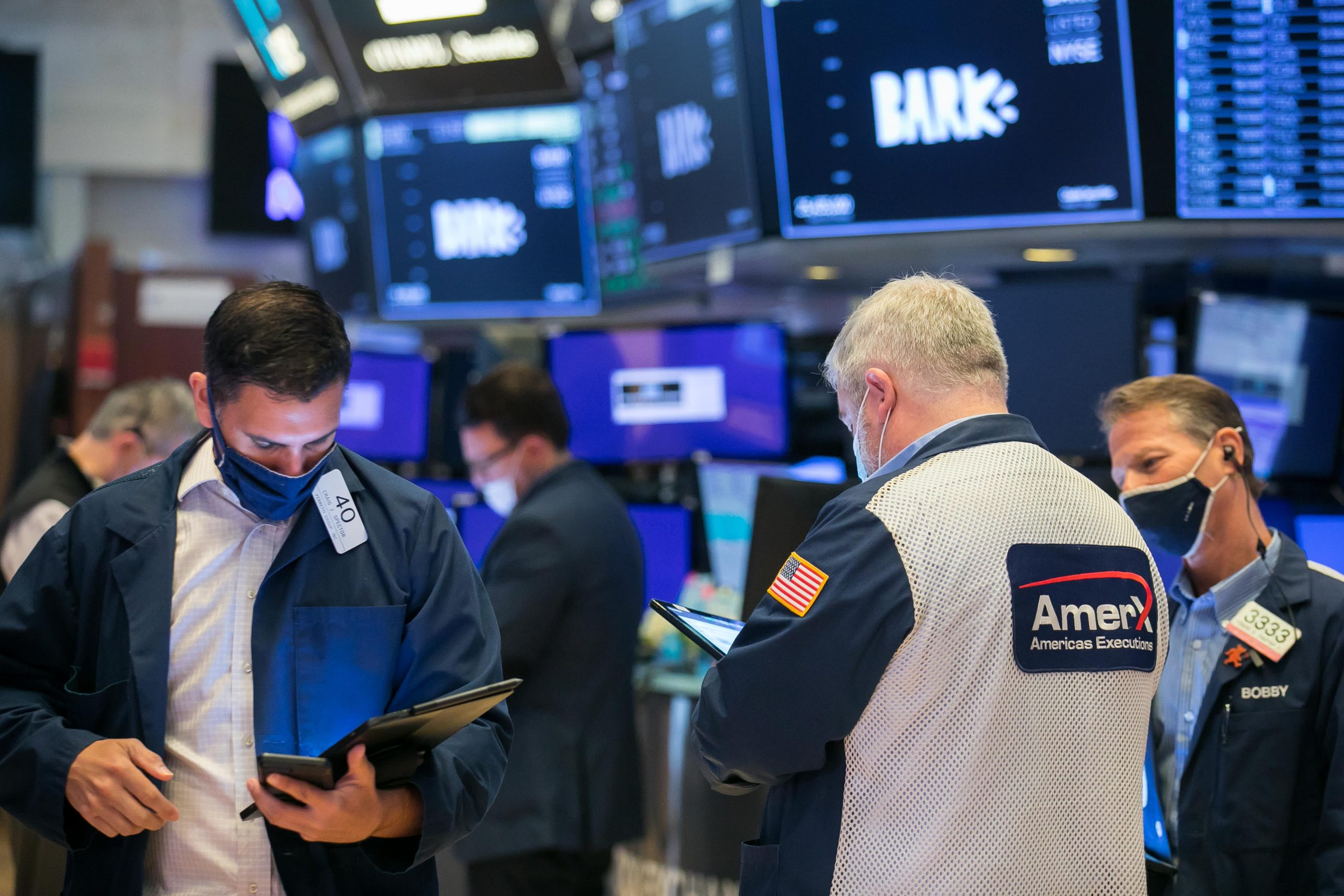 Los futuros de acciones se mantienen planos tras una sesión de Wall Street apagada