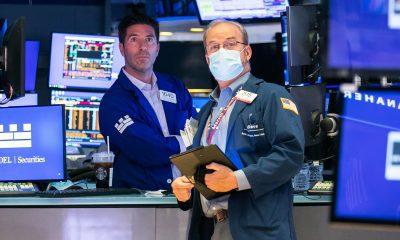 Los futuros de las acciones estadounidenses caen mientras el Dow se dirige a la peor semana desde enero