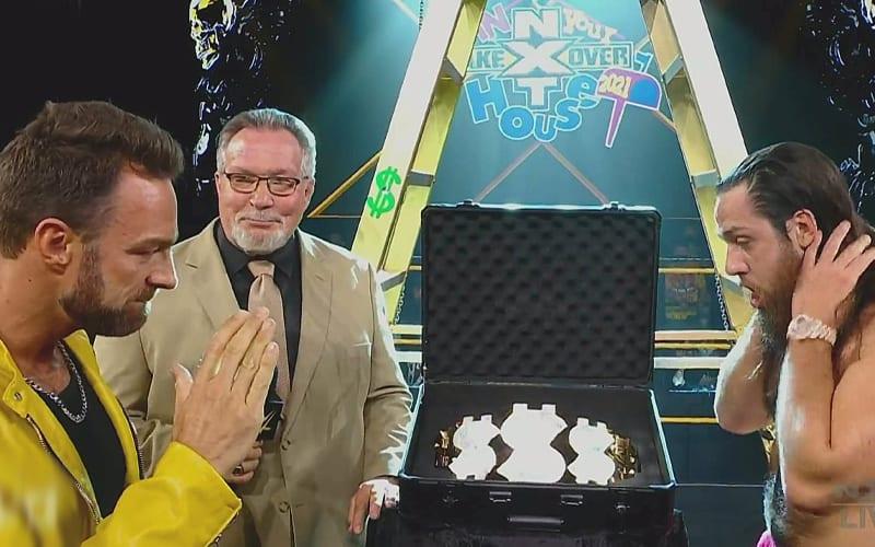 Lucha de escalera de un millón de dólares agregada a WWE NXT TakeOver: en tu casa
