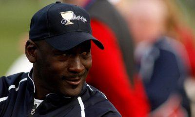 Michael Jordan hizo que el ex golfista de DI 's --- sus pantalones' en curso