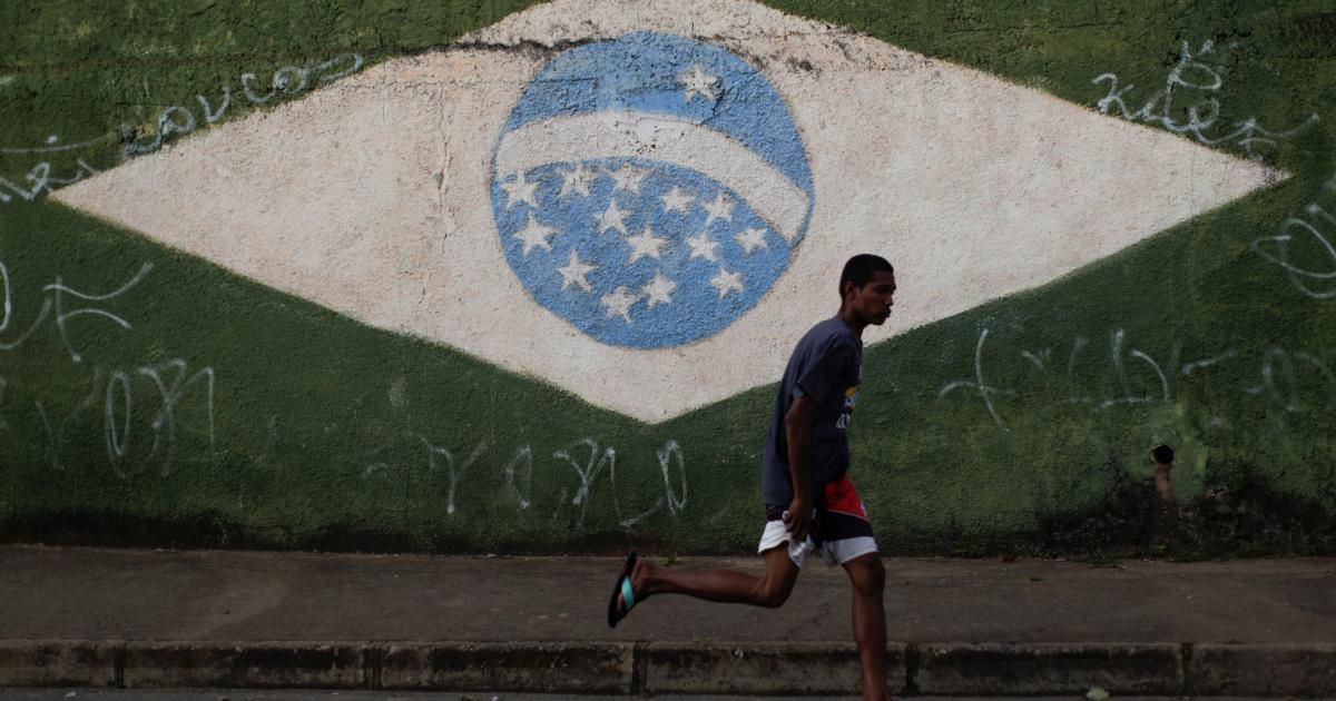 Personal de investigación de COVID de Brasil insta a posponer la Copa América