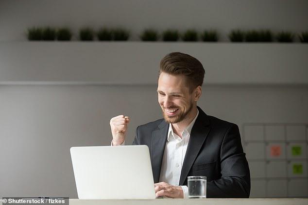 Los expertos y el director ejecutivo de la empresa han descubierto que trabajar cinco horas al día puede mejorar la productividad y aumentar el bienestar general, ya que algunos sugieren que es el punto ideal para cuando el enfoque comienza a disminuir.