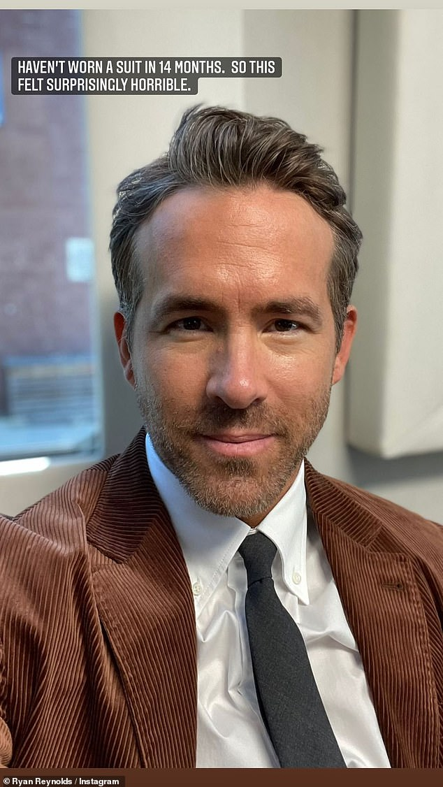 Fuerte: Ryan Reynolds admitió que se inspiró en sus tres hijas para hablar abiertamente sobre sus propios problemas de salud mental el mes pasado.