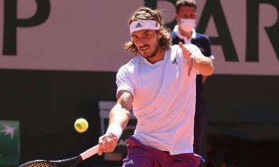 Stefanos Tsitsipas se retira del evento de preparación de Wimbledon por motivos personales
