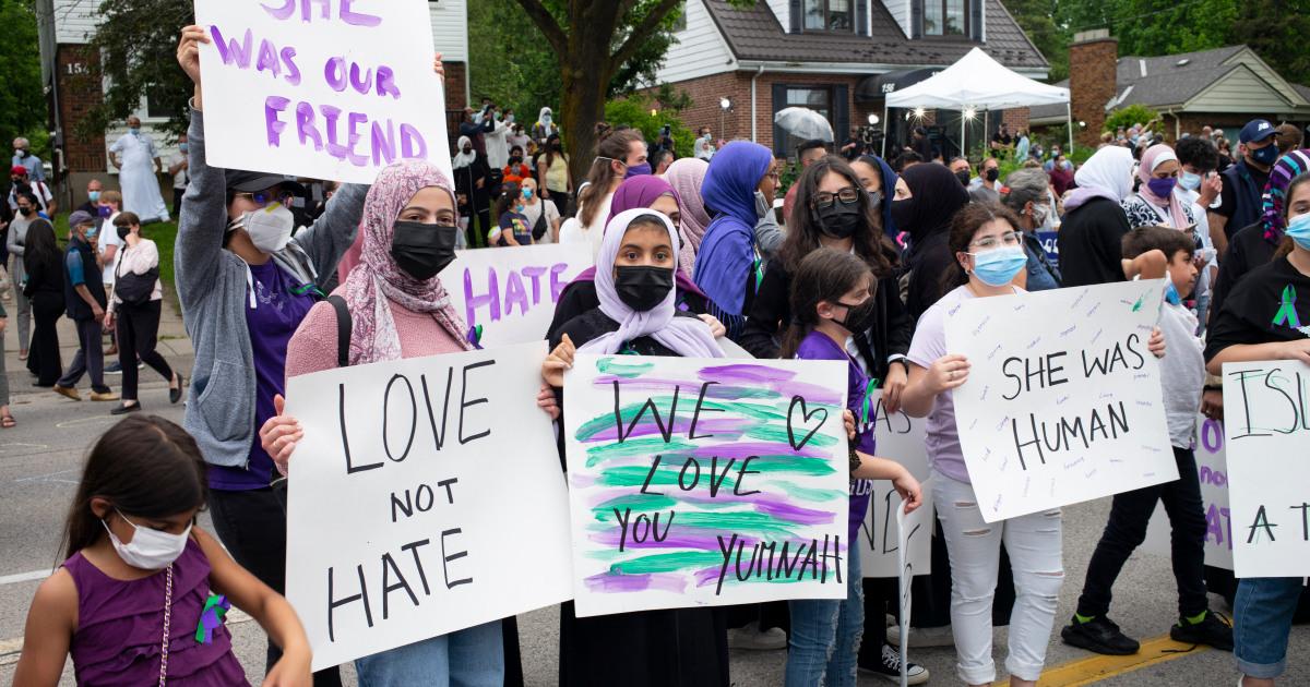 ¿Por qué las mujeres musulmanas viven 'con miedo' en esta ciudad canadiense?
