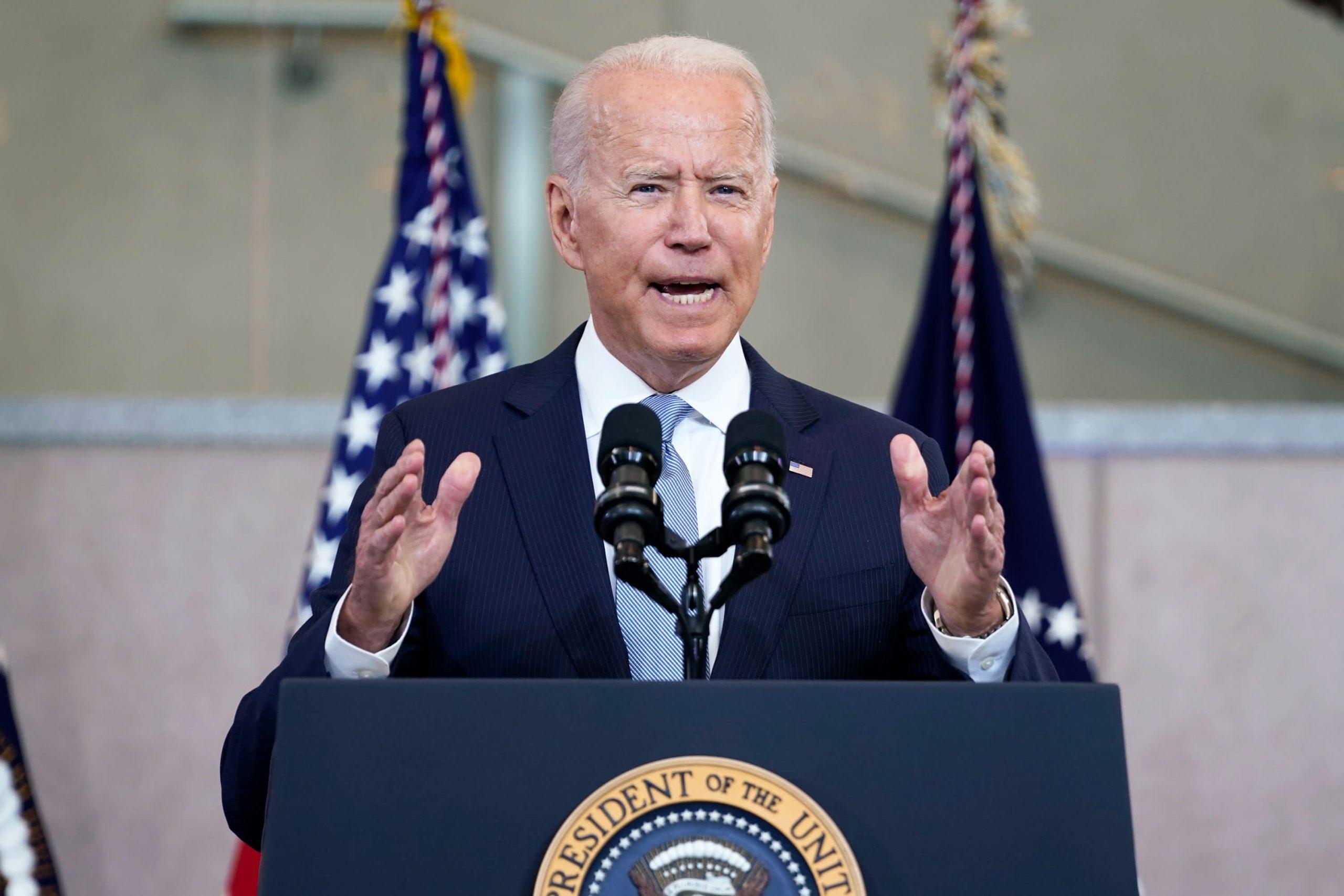 Biden condena la 'gran mentira' de Trump en un importante discurso sobre el derecho al voto en Filadelfia