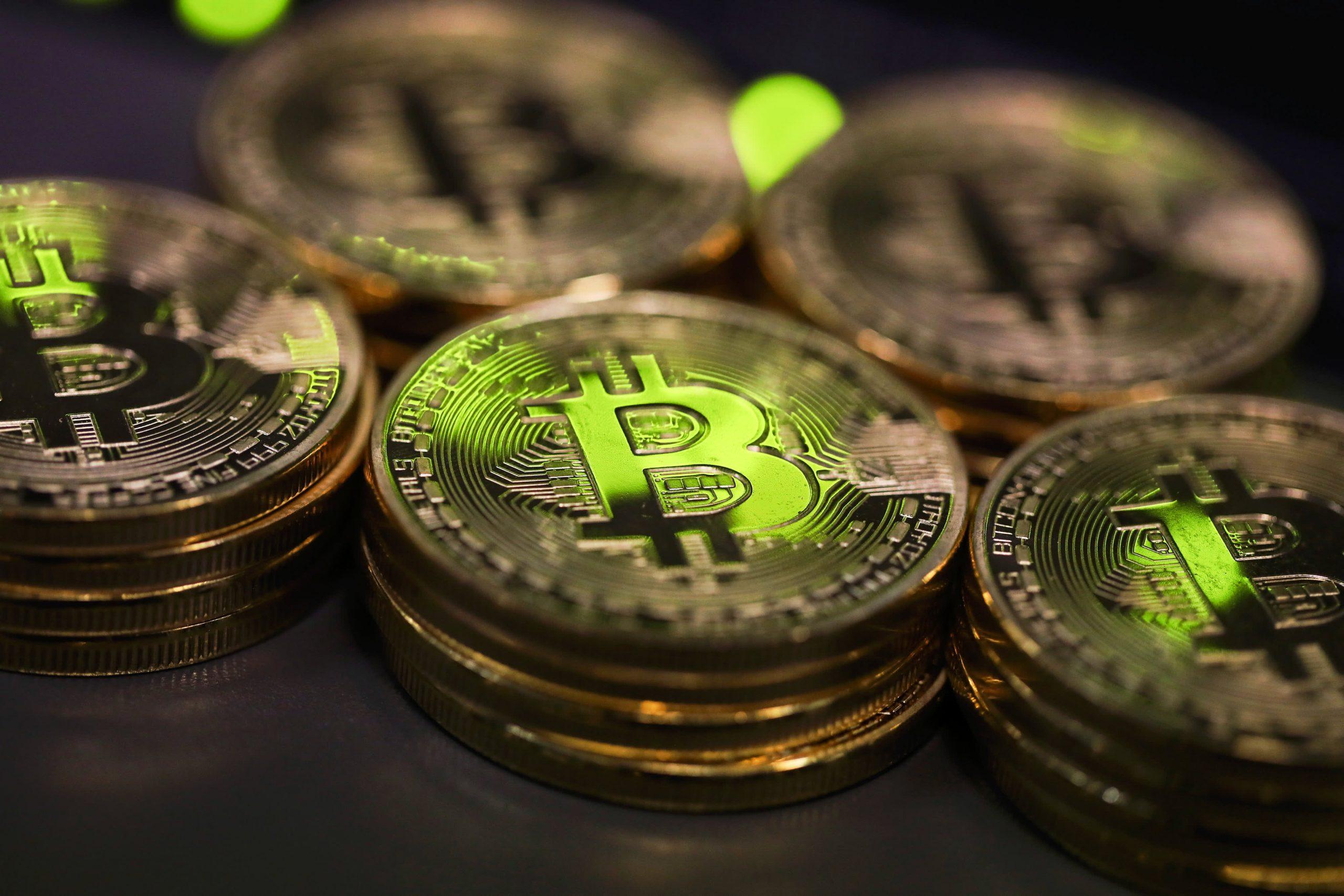 Bitcoin tuvo una primera mitad tremendamente volátil.  Aquí están 5 de los mayores riesgos que se avecinan.