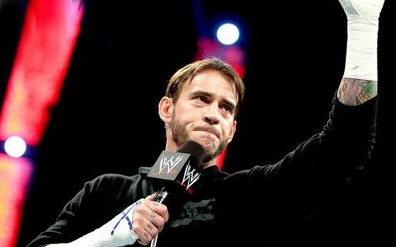 CM Punk está interesado en 'oponentes y planes generales' más que en dinero