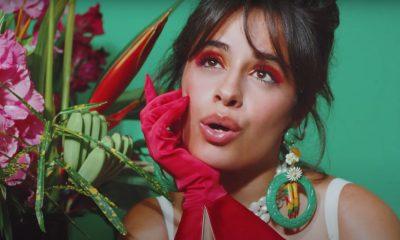 Camila Cabello lanza una fiesta familiar en el video de 'Don't Go Yet'
