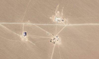 Imágenes de satélite han revelado una nueva base de misiles chinos en construcción en el desierto cerca de Hami, en la provincia norteña de Xinjiang, con carpas distintivas erigidas sobre los silos en construcción (en la foto de la izquierda).