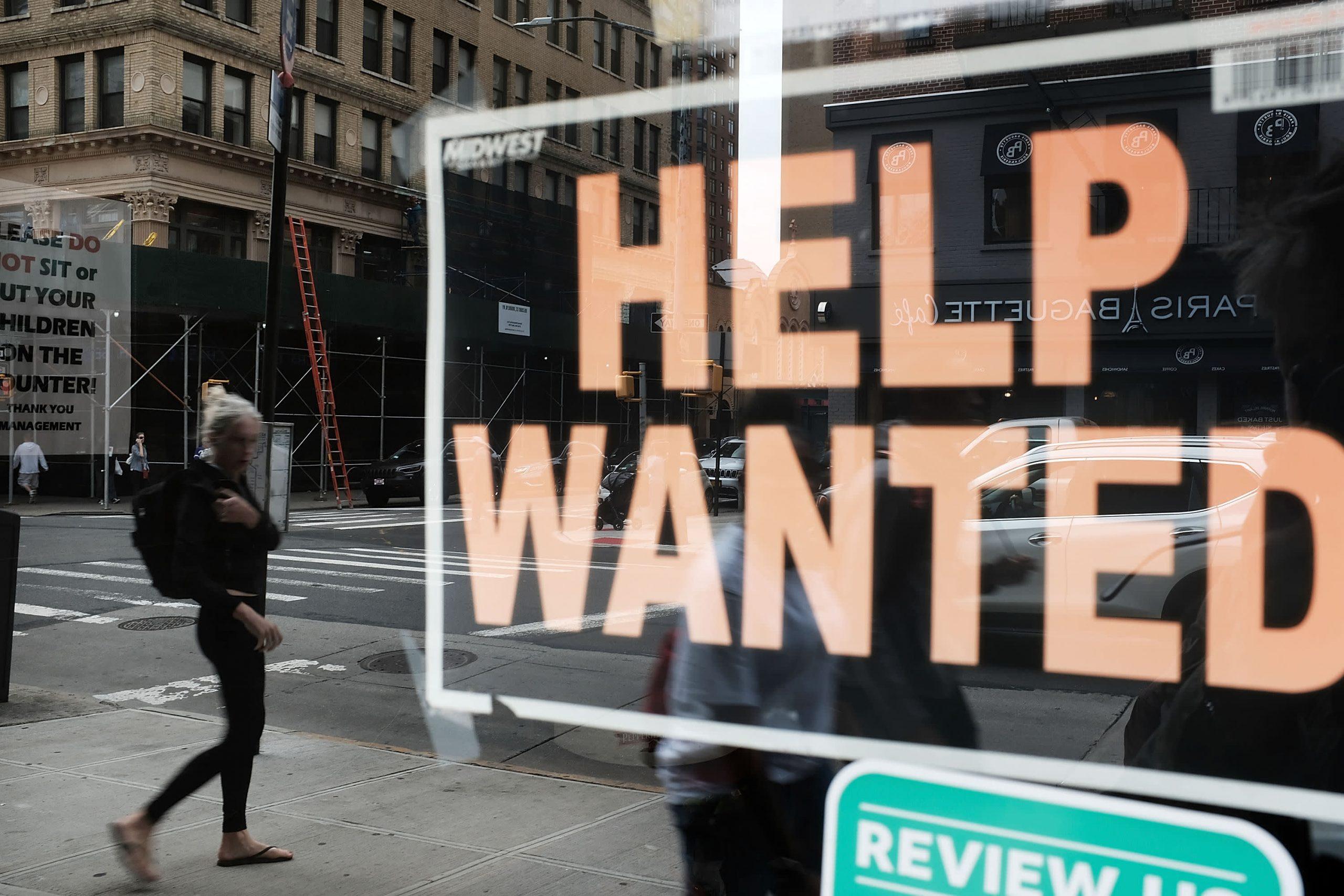 El jefe de la Cámara de Comercio dice que la escasez de mano de obra es el principal problema empresarial y elogia el acuerdo de infraestructura
