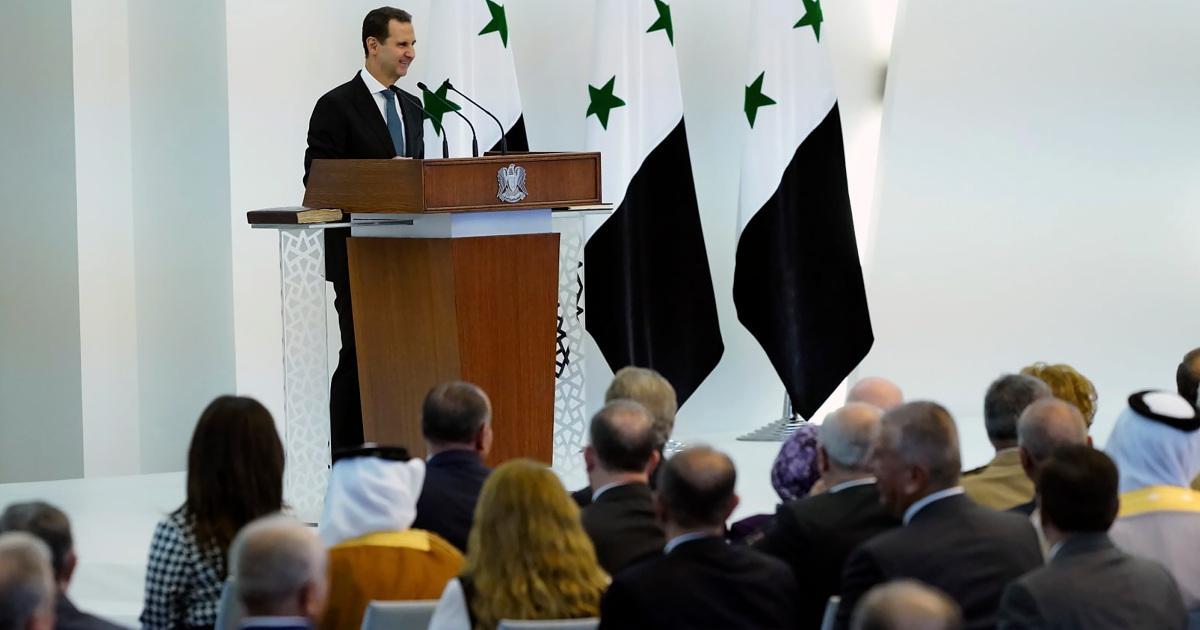 El presidente Bashar al-Assad prestó juramento para su cuarto mandato en Siria, golpeada por la guerra