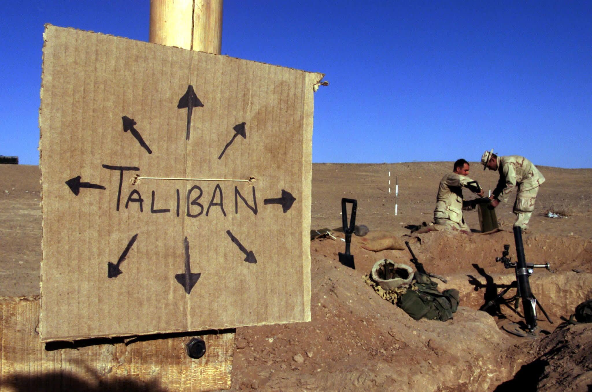 Estados Unidos lanzó ataques aéreos nocturnos contra los talibanes para apoyar a las fuerzas afganas